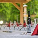 slovenia-eco-resort-restavracija-na-odprtem-06.jpg